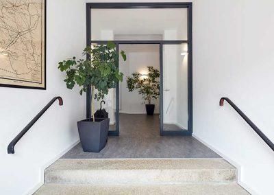 Büro, Nutzungsänderung Postgebäude zu Büroflächen